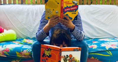 Poletno branje za ljudi stare manj kot petnajst let (lahko pa tudi za vse ostale)
